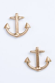 Matte Gold Anchor Earrings - $6   www.lovejennywren.com