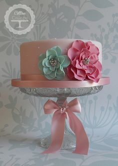 This is a beautiful and simple birthday cake.  If this were king cake flavor, I'd be all over it.  LOL.
