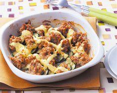 ひき肉とズッキーニのみそグラタン Orange, Potato Salad, Cauliflower, Macaroni And Cheese, Potatoes, Meat, Chicken, Vegetables, Cooking