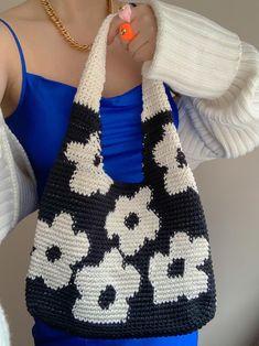Crochet Purse Patterns, Crochet Purses, Crochet Hooks, Knit Crochet, Crochet Bags, Diy Crochet Projects, Crochet Crafts, Knitting Projects, Mode Crochet