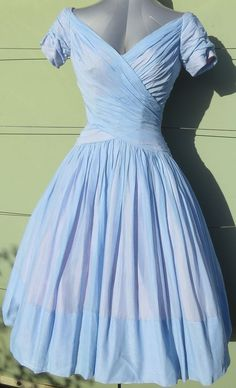 Original 1950s dress from glamour designer Ceil Chapman for your Formal