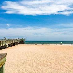 Here are the best Charleston, South Carolina beaches to visit, including Folly Beach, Sullivan's Island and Isle of Palms. Sullivans Island Beach, Tybee Island Beach, Hilton Head Beach, Hilton Head Island, North Beach, Beach Town, Isle Of Palms Beach, Carolina Beach, South Carolina