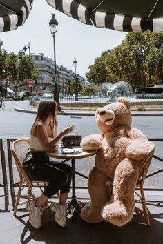 Bucket, Paris, Photo And Video, Lifestyle, Travel, Instagram Bio, Viajes, Buckets, Destinations