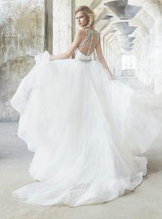 91 ball gown wedding dresses fit for a queen 16 Wedding Dress Shopping, Bridal Wedding Dresses, Wedding Dress Styles, Dream Wedding Dresses, Tulle Ball Gown, Ball Gowns, Convertible Wedding Dresses, Two Piece Wedding Dress, Queen
