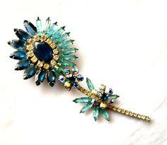 Juliana Flower Brooch, Delizza and Elster, Blue Rhinestone Pin, Vintage D & E, Sapphire and Aqua, Figural