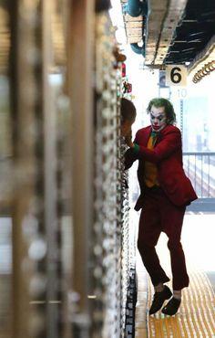 Joker Batman, Joker Y Harley Quinn, Joker Art, Joker Iphone Wallpaper, Joker Wallpapers, Joaquin Phoenix, Dc Comics Heroes, Marvel Heroes, Joker Film