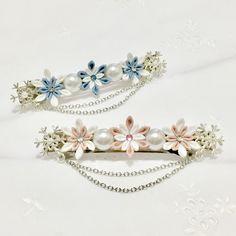 雪の花のバレッタ*凛花* -つまみ細工- (和・洋)