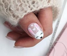 2019 Winter Manicure Trendy Winter Nail Art Design, Trends&Photo Ideas of . Winter Manicure Latest Fashion Winter Nail Art Design, Trends and Winter Nail Design Photo Ideas Easter Nail Designs, Easter Nail Art, Pretty Nail Designs, Nail Art Designs, Cute Short Nails, Cute Nails, Pretty Nails, Gucci Nails, Bunny Nails