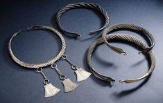 KM Inarin hopea-aarre, neljä kaularengasta; Viking Jewelry, Ancient Jewelry, Tribal Jewelry, Wire Jewelry, Antique Jewelry, Silver Jewelry, Norse Clothing, Neck Rings, Nordic Vikings