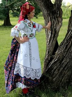 Croatian traditional clothing - Page 3