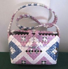 Candy Wrapper Purse, Candy Wrappers, Baby Olivia, Duct Tape Crafts, Paper Chains, Modular Origami, Upcycle, Diy Crafts, Purses