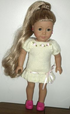 Free knit dress pattern for American Girl Free knitting patterns for dolls Knitted Doll Patterns, Doll Dress Patterns, Baby Clothes Patterns, Knitted Dolls, Baby Knitting Patterns, Free Knitting, Crochet Patterns, Knitting Dolls Clothes, Crochet Doll Clothes