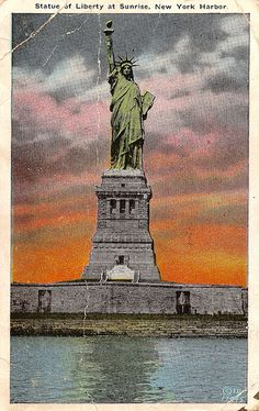 Statue of Liberty at Sunrise, New York Harbor. Picture Postcards, Old Postcards, New York Harbor, Symbols Of Freedom, Vintage Pictures, Statue Of Liberty, Mists, Sunrise, Nostalgia
