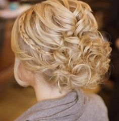 15 Harika Gelin Saçı Modeli www.esyadolabi.com/15-harika-gelin-saci-modelleri/