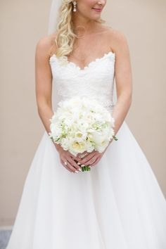 Photography: Greer G Photography - greergphotography.com  Read More: http://www.stylemepretty.com/2014/12/18/elegant-new-orleans-wedding/