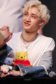 Chris Chan, Stray Kids Chan, Kids Icon, Lee Know, Kpop Boy, Lee Min Ho, Baby Photos, Boy Bands, Boy Groups
