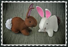 Make It: Felt Bunnies - Tutorial #sewing #easter