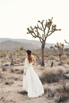 Organic Desert Engagement Session in Palm Springs | Southern California Bride
