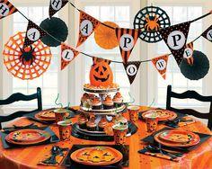 Perfect Pumpkin Halloween party supplies