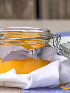 Une crème bonne mine à l'huile de carottes qui fait des merveilles pour avoir un teint hâlé. Nourrissante et protectrice, elle convient à toutes les peaux.