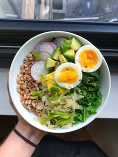 My Go-To Formula for the Savory Breakfast Grain Bowl -