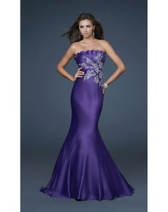 Shop La Femme evening gowns and prom dresses at Simply Dresses. Designer prom gowns, celebrity dresses, graduation and homecoming party dresses. Short Semi Formal Dresses, Formal Gowns, Long Dresses, Dresses 2013, Dresses Dresses, Satin Dresses, Dress Long, Mermaid Prom Dresses, Homecoming Dresses
