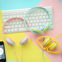 Kawaii Sweet World Palette Pastel, Pastel Colors, Pastels, Cute Headphones, Kawaii Shop, Cool Gadgets, Girly Things, Headset, Mobiles