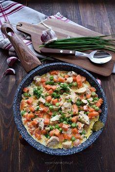 Indyk z marchewką i groszkiem – szybki obiad Paella, Risotto, Curry, Food And Drink, Meals, Ethnic Recipes, Fitness, Meal, Kalay