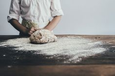 A Beginner's Guide to Sourdough | MOTHER EARTH NEWS Leaky Gut, How To Make Homemade, How To Make Bread, Types Of Flour, Everyday Dishes, Bread Machine Recipes, Home Baking, Baking Supplies, Freshly Baked