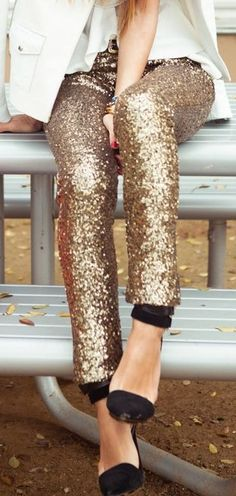 Glam up your concert look with these stunning sequins pants. Keep it simple with plain tops and shoes! #glam #concert #chic