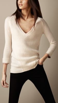 Burberry Cable Knit Cashmere Blend Sweater<3