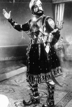Tamil Cinema's Emperor of Acting(Nadippulaga Vendhan)