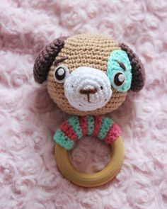 Sonajero a crochet de perrito | CrochetyAmigurumis.com 3 Shop, Crochet Designs, Crochet Ideas, Baby Dogs, Baby Crafts, Crochet Hats, Teddy Bear, Etsy Shop, Toys