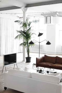 Here we showcase a a collection of perfectly minimal interior design examples for you to use as inspiration.Check out the previous post in the series: Minimal Interior Design Inspiration #41Don't miss out on UltraLinx-related content straight to your emails. Subscribe here.
