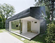 Wohnhaus in Bergstraße | Hesse, Germany | Meixner Schlüter Wendt | Photo by Christoph Kraneburg