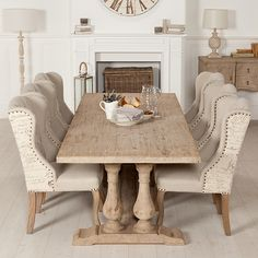 The Versaille dining range features a French county-house style that's so chic.
