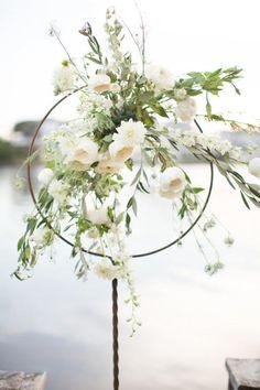 Elegant Rustic Wedding Inspiration | Amy & Jordan Photography | Bridal Musings Wedding Blog