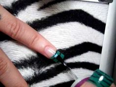 INSTAGRAM :FUNKYMACGIRL  http://hairandstuff.blogspot.com/    how to   zebra nails  with mac Reflects Transparent Teal