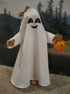 "ghost costume - for an 18"" doll, but good idea!"