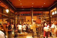 Mercado San Miguel- El Mercado de los Sueños- imperdible para tapear y echar un vinito en Madrid....
