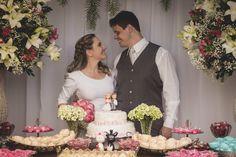 A Bruna e o Renan fizeram seu casamento em um restaurante e gastaram ao total R$15.000. Eles apostaram em super tendências em miniwedding. Confira aqui!  www.casandosemgrana.com.br #casamento #casamentoaoarlivre #casamentonatureza #casamentointimo #miniwedding #casamentosimples #casamentoboho #casamentoDIY #DIY #SP #noiva #noivos #vestidodenoiva #noivosreais #noivado #festa #cerimônia #buquê #casal #amor #wedding #weddingboho #branco #love #noivasp #noivos #flores #mesadedoce #decor #inspo…