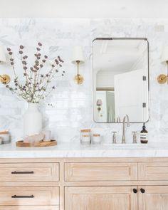 93 modern farmhouse master bathroom renovation with delta 66 Boho Bathroom, Bathroom Styling, Bathroom Interior Design, Home Interior, Decor Interior Design, Master Bathroom, Bathroom Ideas, Parisian Bathroom, Lavender Bathroom