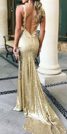Elegant Gold Sequined Prom Dress With Sweep Train, Bodycon Mermaid Open Back Party Dress With Sweep Train, Sexy Spaghetti Strap Evening Dress Backless Prom Dresses, Mermaid Prom Dresses, Sexy Dresses, Bridesmaid Dresses, Formal Dresses, Long Dresses, Dress Prom, Wedding Dress, Gala Dresses