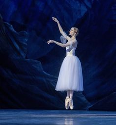 Svetlana Zakharova as Giselle. photo by Pierluigi Abbondanza