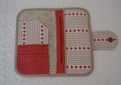 Monedero patchwork. http://www.facilisimo.com/