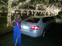 Every bachelorette needs her white limo!