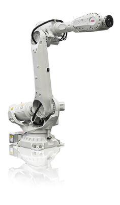 @ABBRobotics The IRB 6700 robot has the work envelope and reach necessary for the PFO process. #welding #robotics http://www.shopfloorlasers.com/laser-welding/261-triple-threat