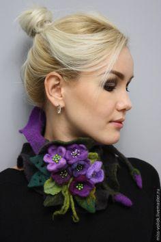 floral neck scarf made of handmade felt