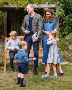 Prince William Family, Prince William And Catherine, Prince George Alexander Louis, William Kate, Kate Middleton Kids, Kate Middleton Style, George Of Cambridge, Duchess Of Cambridge, Prince And Princess