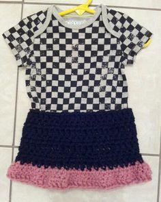 Baby girl crocheted skirt